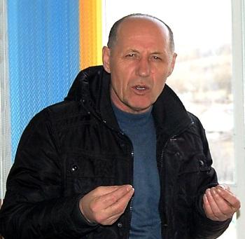 În fotografie: Primarul Gheorghe Busuioc