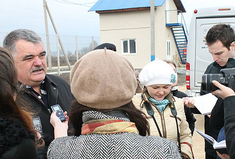 Primarul de Nisporeni, Ion Gangan, jurnalişti