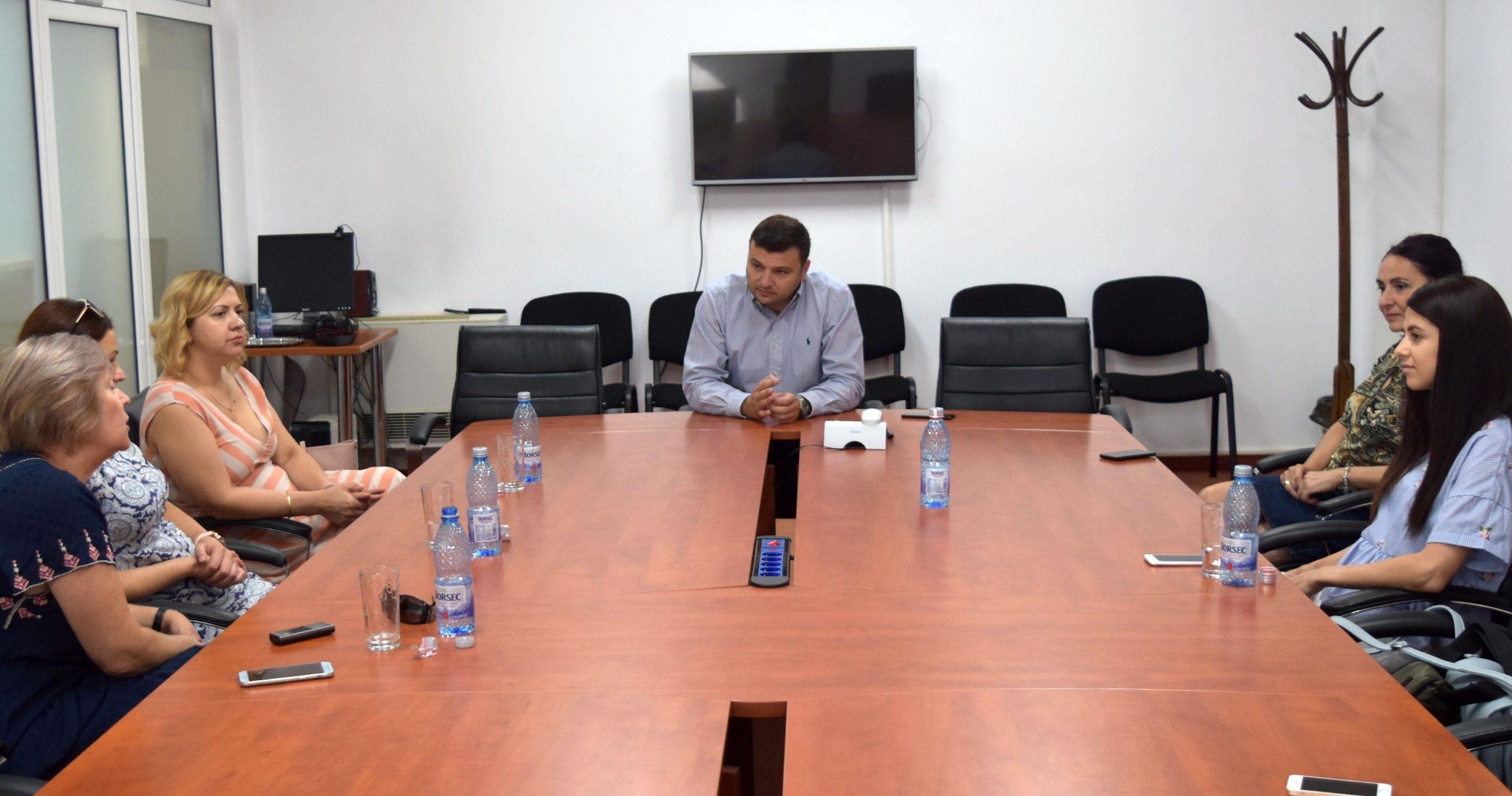 """Echipa """"Expresul"""" la o întâlnire cu Sergiu Bîlcea"""